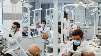 Előkelő helyen a nemzetközi egyetemek között a magyar orvosképzés