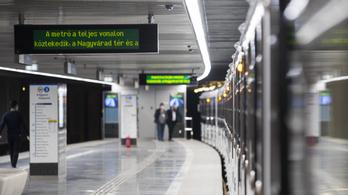 Hétfőtől elkerülő járatok segítik a közlekedést az M3-as felújítása miatt
