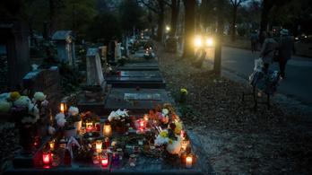 Este nyolcig tartanak nyitva a temetők