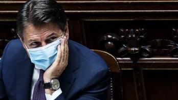 Rómában tüntettek, a kormány Milánó és Nápoly lezárását tervezi