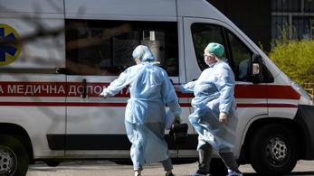 Ungváron megteltek a kórházak