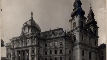 Újra pompázhatnak a háborúban megcsonkított fővárosi kupolák