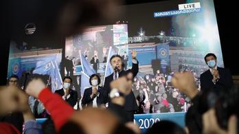 A grúz kormánypárt nyerte a választást, az ellenzék tüntet
