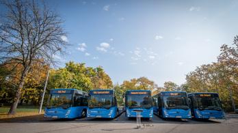 Harmincmilliárd forintos hitelből majdnem 400 buszt vásárolna a BKV