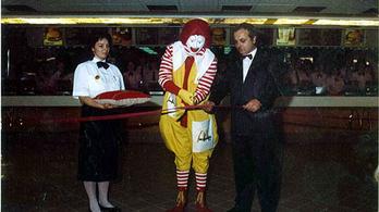 1988: megnyit az első magyar McDonald's