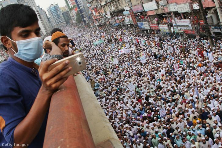 Franciaellenes tüntetés Dakkában 2020. november 2-án