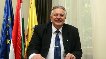 Miskolc polgármestere is elkapta koronavírus-fertőzést