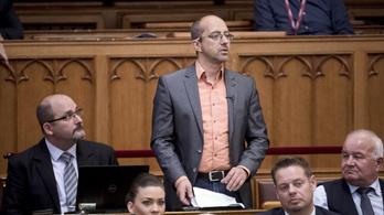 Szabó Szabolcs: Van már bőven elég ellenzéki párt, talán túl sok is