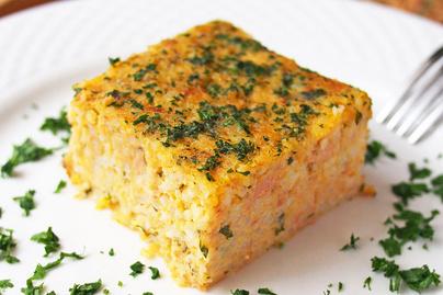 Laktató egytepsis tonhallal, rizzsel és rengeteg sajttal - A sütőben érnek össze az ízek