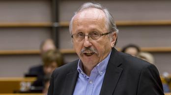 Fidesz: Niedermüller az áramlopási botránnyal foglalkozzon
