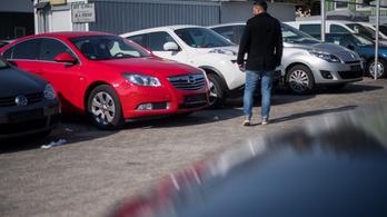 Kevesebb használt autó fogy, mint egy éve