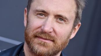 David Guetta folyton komponál, kis szintit cipel magával mindenhová
