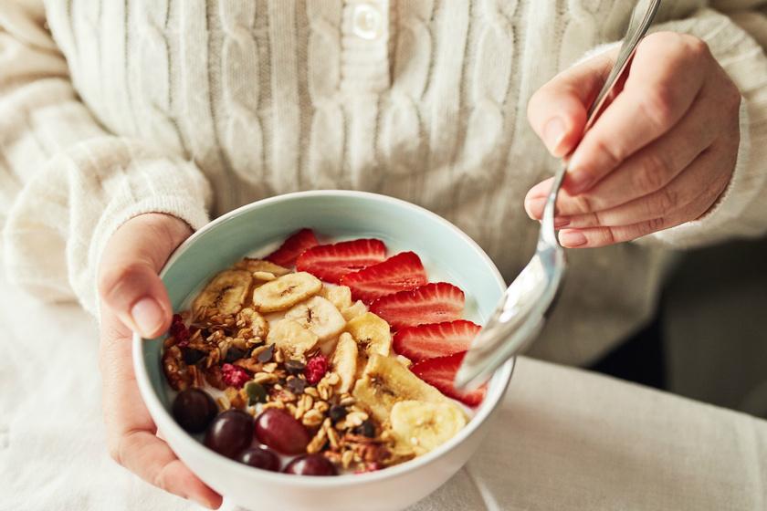 A jótékony bélbaktérium, ami felgyorsítja a fogyást: a rostban gazdag étkezés mellett fejti ki leginkább a hatását