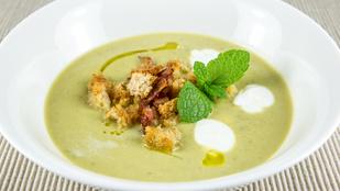 Ha csak egy egyszerű levest készítenél, dobd össze ezt a tejszínes-bazsalikomos változatot!