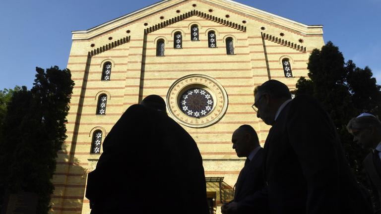A bécsi terror miatt csökkent a magyar zsidók biztonságérzete is
