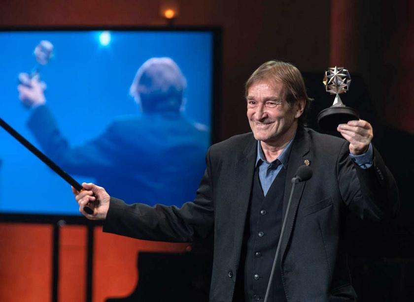 2020 februárjában a Magyar Filmakadémia életműdíjával tüntették ki a Pesti Vigadóban.