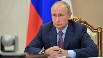 A Kreml cáfolja Putyin lemondási szándékát