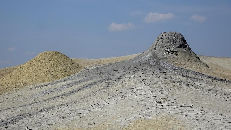 Mintha a Holdon sétálna: hideg vulkánok közel Erdélyhez