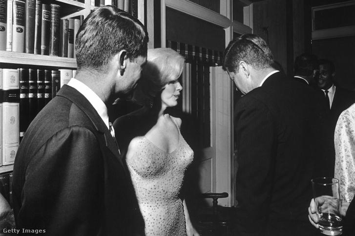 Marilyn Monroe, Robert Kennedy (b) és John F. Kennedy (1962)
