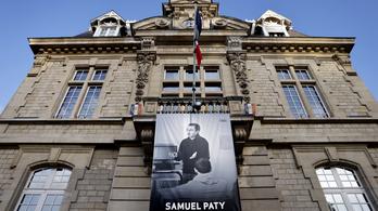Tízéveseket is kihallgatott a rendőrség a francia tanárgyilkosság ügyében