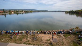 Megsemmisítené az NVI az Öreg-tóért gyűjtött aláírásokat Tatán