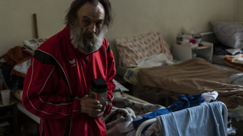 Csak két negatív teszttel engedik be a hajléktalanokat az átmeneti szállásokra