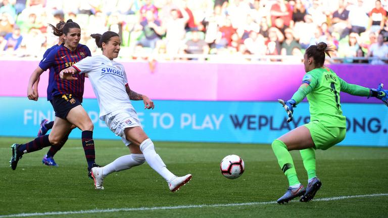 Marozsán Dzsenifer: A női futball már több furcsa kuriózumnál