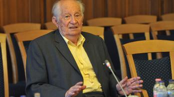 Elhunyt Kopátsy Sándor közgazdász