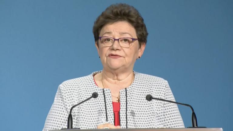 Müller Cecília: Messze a vége, de ezentúl minden kórházban lesz koronavírus-ellátás