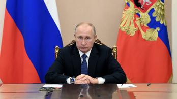 Átalakította Putyin a kormányt