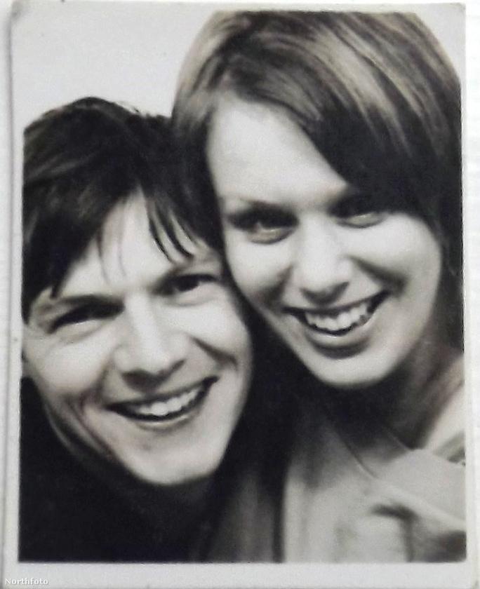 Íme, az első, 2000-ben készült képe a házaspárnak, amikor Michelle még csak 18, szerelme pedig 23 éves volt.