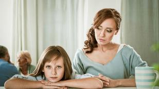 Utálom a gyerekem barátait, mit csináljak?