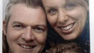 Ez a házaspár 20 éve minden évben lefotózza magát