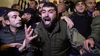 Befejeződtek a harcok Hegyi-Karabahban, de még nincs béke