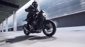 Hanyattdöntött lámpát kap a Honda CB1000R
