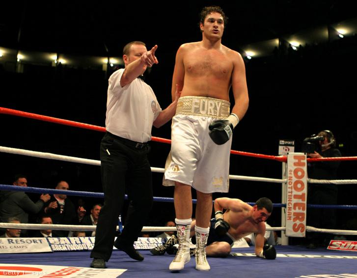 Tyson TKO-val verte Gyöngyösi Bélát 2008. december hatodikán