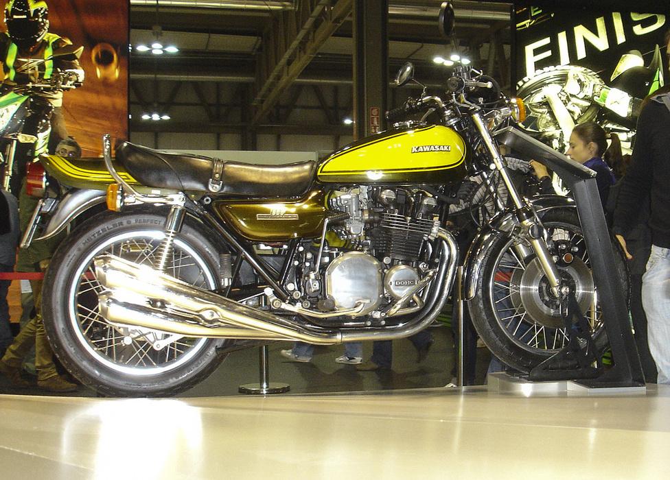 Sokaknak máig a régi 900-as a legszebb motor