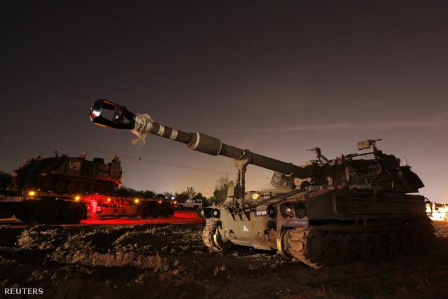 Sajtóhírek szerint már tankok, páncélosok és gyalogsági alakulatok gyülekeznek az övezet határán.