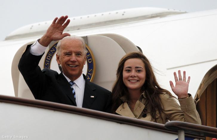 Joe Biden és Naomi Biden 2011-ben