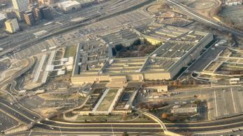 Sorban mondanak fel a Pentagon vezetői a miniszter kirúgása után