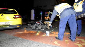 Motoros futárt gázolt halálra egy taxi a II. kerületben