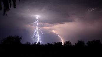 Brutális mennyiségű villám csapott le Dél-Ausztráliában
