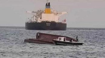 Tartályhajó ütközött halászhajóval a Földközi-tengeren
