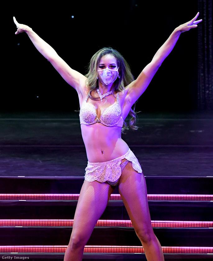 Márciusban zárták be a Las Vegasban estéről estére bemutatott show-k zömét, a szórakoztatóiparban dolgozók nagy része állás nélkül van azóta is