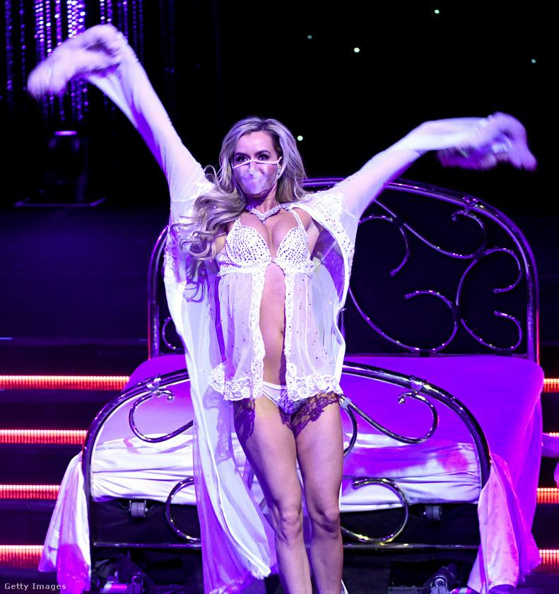 Mariah Rivera annyiszor eltáncolta már ezt a műsort, hogy álmából felkeltve is tudja ezt a koreográfiát.