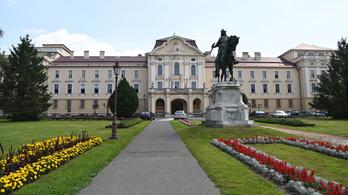 Újabb két egyetem válik alapítványivá