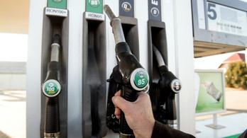 Még ma tankoljon, mert holnaptól drágulnak az üzemanyagok