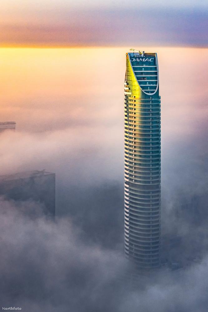 Íme a DAMAC Maison Distinction, Dubai egyik legfényűzőbb szállodája, aminek minden szobájához tartozik erkély, ahonnan tökéletes panoráma nyílik a városra