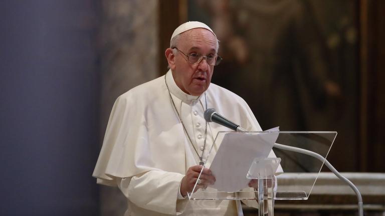 Ferenc pápa ingyen tesztelést ajánlott fel Róma hajléktalanjainak