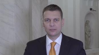Menczer Tamás: minden vakcinakísérletben érintettek vagyunk
